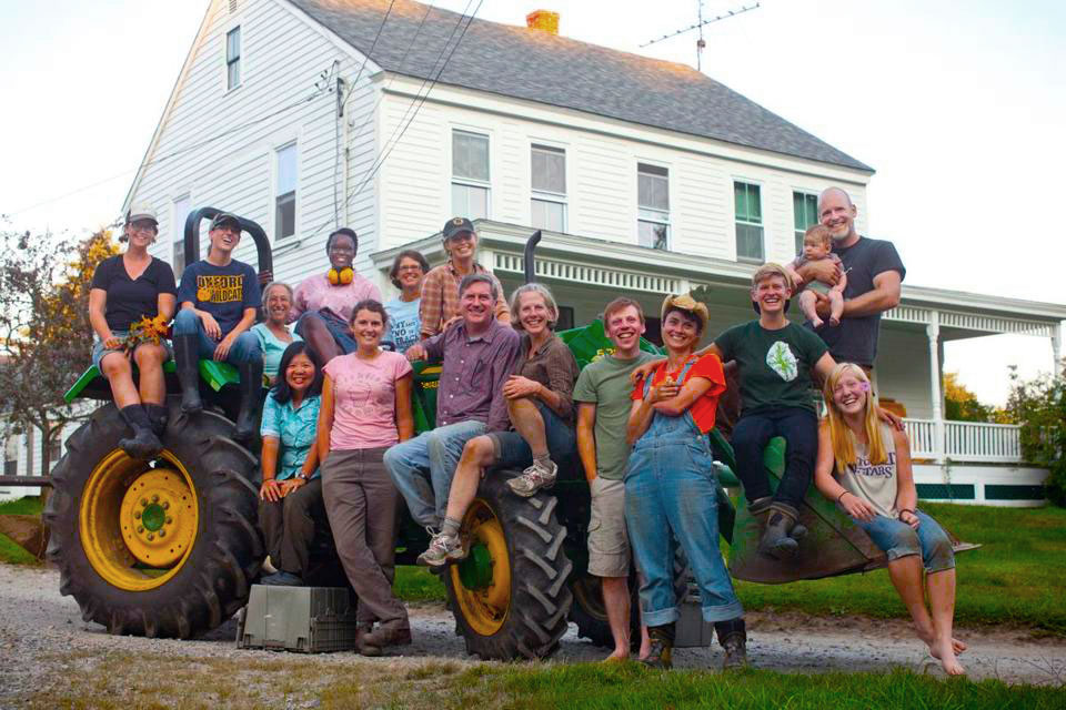 http://farmschool.org/wp-content/uploads/2015/04/groupontractor.jpg